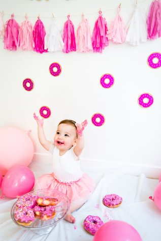 View More: http://nataliareardonphotography.pass.us/donutshoot